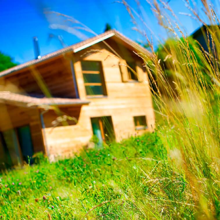 R alisations de maisons en bois sur mesure en dr me for Constructeur maison drome ardeche